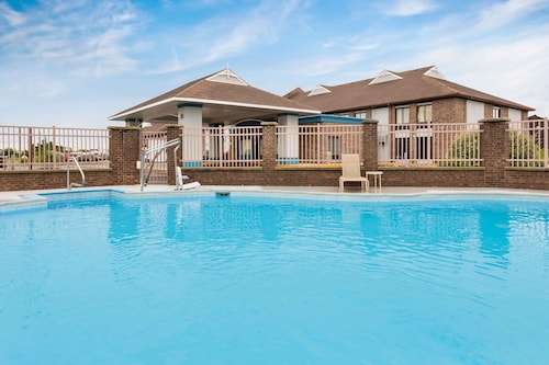 __{offers.Best_flights}__ Baymont by Wyndham Kitty Hawk Outer Banks