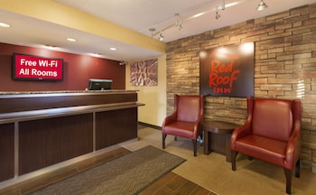 Mount Laurel Vacations - Red Roof Inn Mt Laurel - Property Image 1
