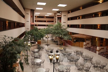 Hotel - Ramada by Wyndham Viscount Suites Tucson East