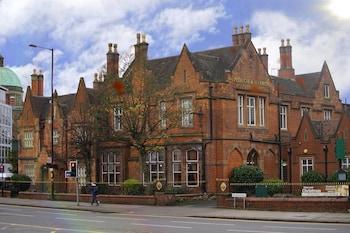 Hotel - Best Western Plough & Harrow Hotel