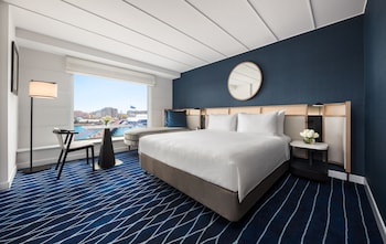 Room, 2 Twin Beds, Harbor View