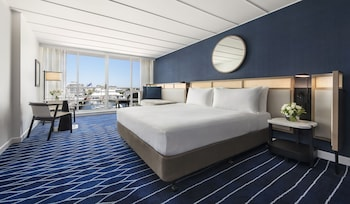 Room, 1 King Bed, Balcony, Harbor View