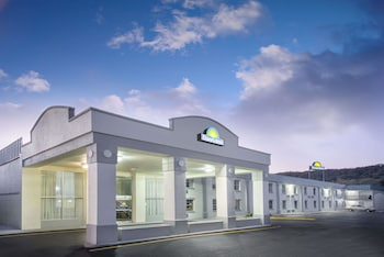 Hotel - Days Inn by Wyndham Roanoke Near I-81