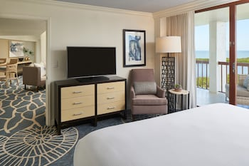 Suite, 1 Bedroom (Gulf View)