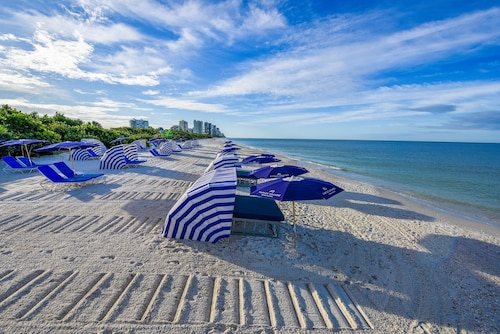. Naples Grande Beach Resort