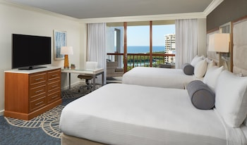 Signature Room, 2 Queen Beds (Gulf View)