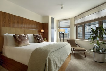 Millennium Suite, 2 Bedrooms, 1 King Bed Each, Lounge Access, Breakfast, Canapes, Private Concierge