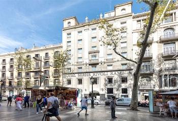 Book Hotel SERHS Rivoli Rambla in Barcelona.