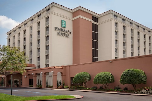 . Embassy Suites Hotel Baton Rouge