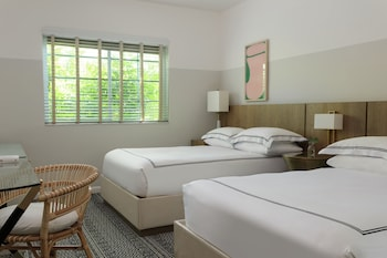Room, 2 Double Beds, Courtyard View