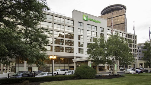 . Holiday Inn Rochester Downtown