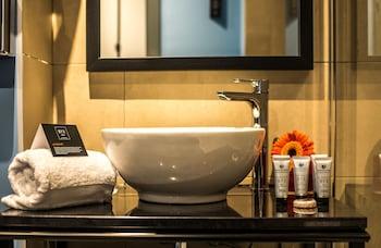 NYX Madrid - Bathroom  - #0