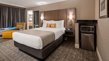 Standard Room, 1 Queen Bed, Non Smoking, Microwave
