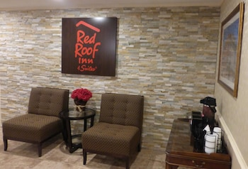 Red Roof Inn & Suites Dothan