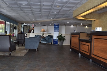 Reception at Best Western Savannah Gateway in Savannah