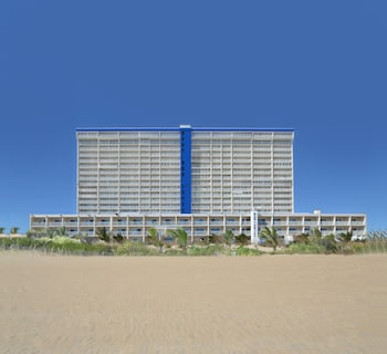 旋轉木馬渡假飯店及公寓 Carousel Resort Hotel & Condominiums