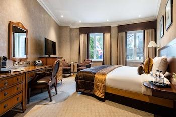 Premium Room (Square View)