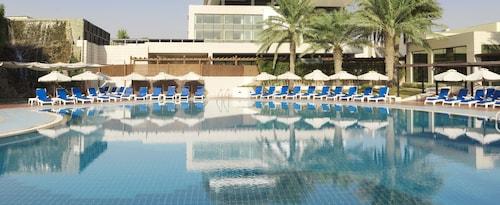__{offers.Best_flights}__ Radisson Blu Hotel, Kuwait