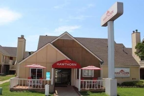 . Hawthorn Suites by Wyndham Wichita East