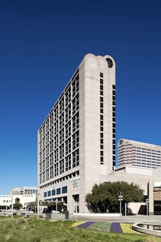 The Westin Galleria Dallas
