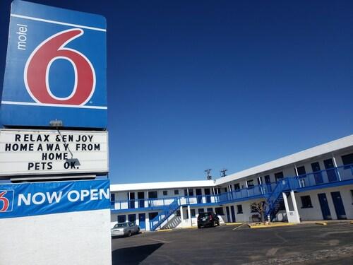 . Motel 6 Canon City, CO
