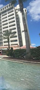 奧蘭多假日飯店 - 迪士尼之泉®區 Holiday Inn Orlando - Disney Springs® Area, an IHG Hotel