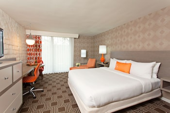 Superior Room, 1 King Bed (Premium King Bed)