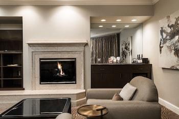 Luxury King Studio