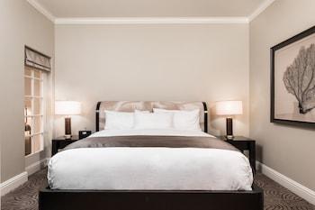 Luxury King Suite Deluxe