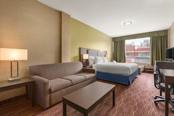 Superior Room, 1 King Bed, Fireplace (Hot tub)