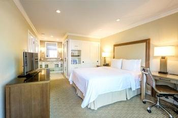 Room, 1 Queen Bed (Cottage Resort)