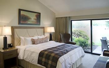 Suite, 3 Bedrooms (Oak Creek)