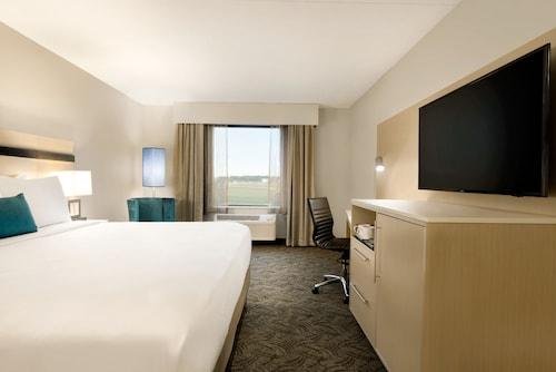 Radisson Hotel Bloomington - Normal, McLean