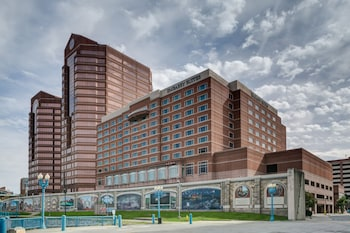 Embassy Suites by Hilton Cincinnati RiverCenter photo