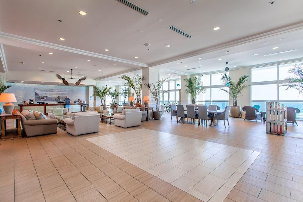 https://i.travelapi.com/hotels/1000000/20000/16600/16596/cd4db2e0_z.jpg