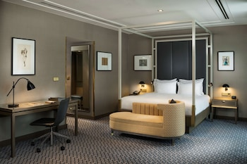 Junior Suite, 1 King Bed (Penthouse)