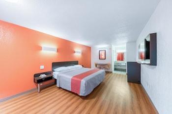 Hotel - Motel 6 Bricktown