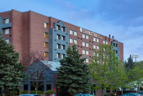 . Doubletree by Hilton Hotel Leominster