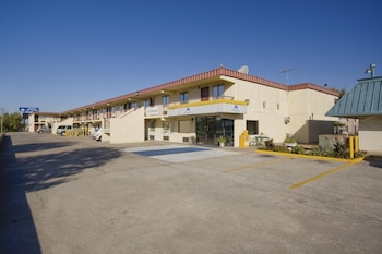 Hotel - Americas Best Value Inn Tulsa Airport
