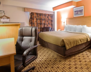 Econo Lodge Kansas City Downtown North - Guestroom  - #0