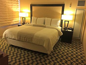 Guestroom at One Washington Circle Hotel in Washington