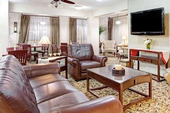 Hotel - Ramada by Wyndham West Memphis