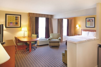 Deluxe Room, 1 King Bed, Non Smoking (Deluxe Executive Suite)