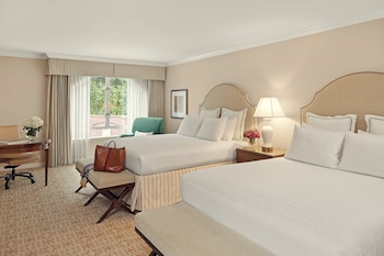 Superior Room, 2 Queen Beds, Accessible, Courtyard View (Mobility ADA)
