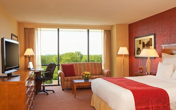 Guestroom at The Hotel ML in Mount Laurel