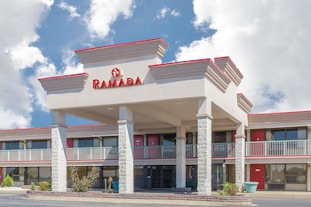 Hotel - Ramada Hotel & Conference Center by Wyndham Edgewood