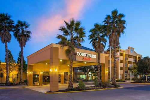 . Courtyard by Marriott Fairfield Napa Valley Area
