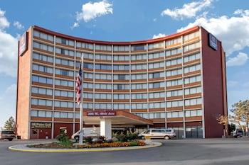 Hotel - Clarion Hotel Denver Central