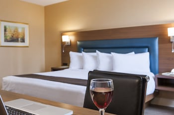 The Superior Room, 1 King Bed