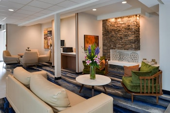 Hotel - Fairfield Inn & Suites by Marriott Arlington Six Flags